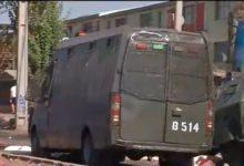 Photo of Vecinos de El Bosque se enfrentan a Carabineros tras protestar por falta de ayuda y alimentos.