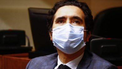 Photo of Ministro Briones reconoce retrasos en entrega de ayuda a quienes emiten boletas de honorarios.