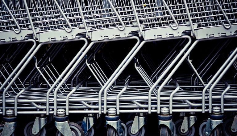 Photo of Autoridad Sanitaria prohibió funcionamiento de dos supermercados en Paillaco y Malalhue.